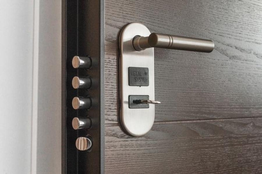 Cerradura anti bumping y rotura